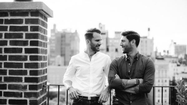 Chuyện tình mùa đông đầy hạnh phúc và hôn lễ tinh tế của cặp đôi đồng tính New York