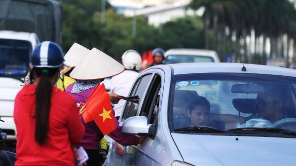 Vé trận Việt Nam vs Philipines giảm còn một nửa, dân phe 'điên cuồng' đẩy hàng