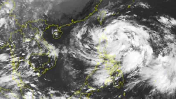 77 người chết và mất tích do mưa lũ, áp thấp sẽ mạnh lên thành bão
