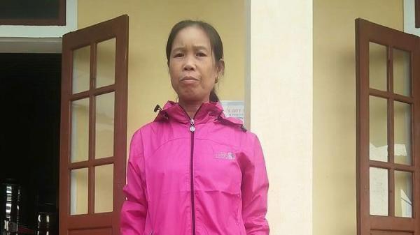 Cô giáo đi dạy 37 năm khóc không thành tiếng khi nhận lương hưu 1,3 triệu/ tháng