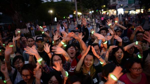 Còn chờ gì nữa mà không 'quẩy' tưng bừng với bữa tiệc âm nhạc quốc tế cho giới trẻ tại Hà Nội