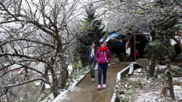 Miền Bắc sắp đón không khí lạnh mới, Fansipan khả năng xuất hiện băng giá, sương muối