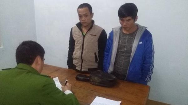 Bắt giam 2 con nghiện hành nghề cướp giật tại Hà Tĩnh