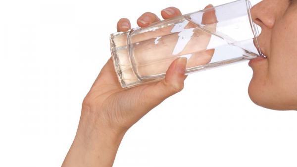 9 thời điểm dù khát đến mấy cũng không được uống nước