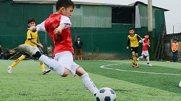 """""""Messi Hà Tĩnh"""" và câu chuyện tương lai của một nền bóng đá…"""
