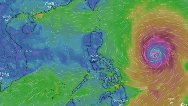 KHẨN: Siêu bão Mangkhut giật trên cấp 17, tăng tốc tiến vào biển Đông