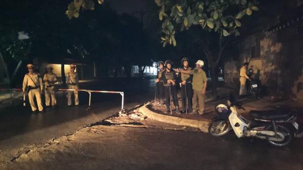 NÓNG: Hơn 10 tiếng kêu gọi, nghi phạm người Hà Tĩnh vẫn ngoan cố tử thủ cùng s.úng và lựu đạn