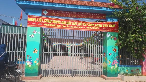 """Hà Tĩnh: Hiệu trưởng mầm non """"dọa"""" đuổi giáo viên thu sai"""