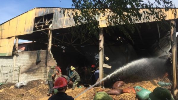Cháy lớn ở xưởng lạc tại Hà Tĩnh, thiệt hại lên đến 10 tỉ đồng