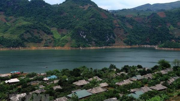 Lưu giữ nét truyền thống của đồng bào Dao nơi ngã 3 sông Đà
