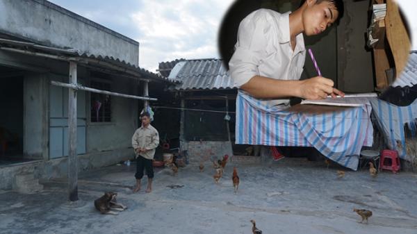 Hà Tĩnh: Ông bố tật nguyền nhặt ve chai rao bán nhà cho con học đại học
