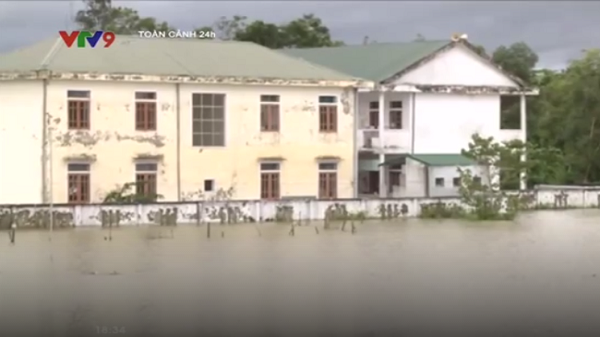 Hà Tĩnh: Hơn 14.000 học sinh miền núi chưa thể đến trường