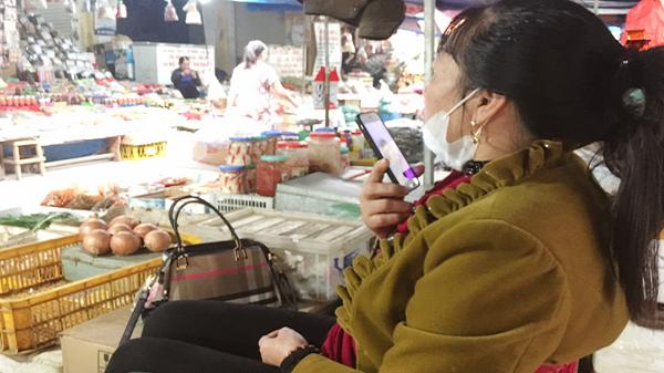 Nỗi lòng người mẹ Lào Cai có con đang ở vùng dịch Hàn Quốc