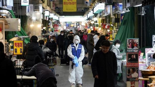 Hàn Quốc: 32 người tử vong, số người nhiễm virus corona vượt 5300, tăng 516 trường hợp trong vòng 24h qua