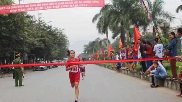 Việt dã Đà Bắc - lần thứ 5 liên tiếp giành cúp vô địch