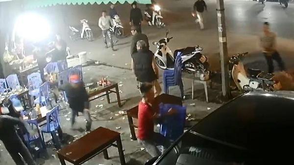 Hải Dương: Đang uống bia người đàn ông bị nhóm côn đồ đánh suýt chết