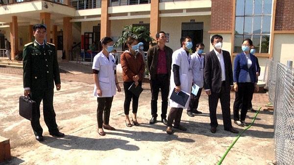 Huyện Mường Nhé: Cách ly 9 người để theo dõi sức khỏe