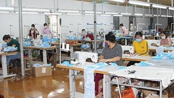 """Xử phạt 10 triệu đồng cơ sở sản xuất khẩu trang """"3 không"""" ở Hải Dương"""