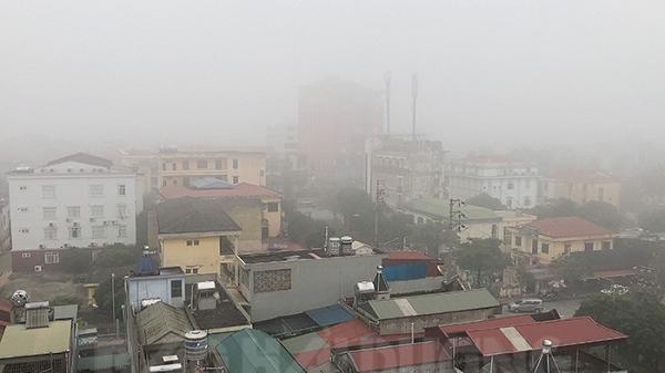 Hải Dương xuất hiện sương mù dày đặc cả ngày hôm nay