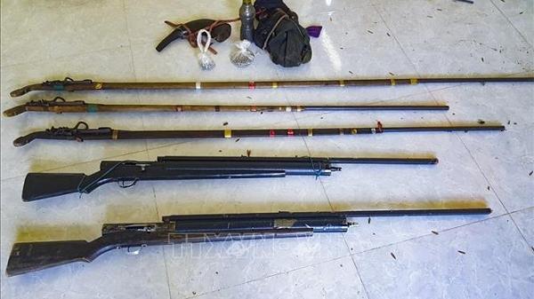 Điện Biên: Thu giữ 5 khẩu súng tự chế của nhóm người nghi khai thác lâm sản trái phép
