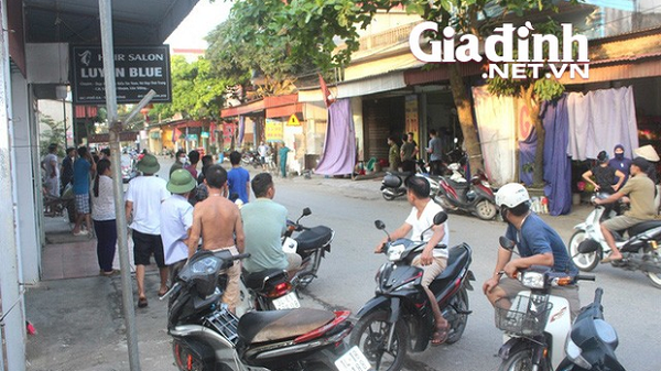 """Hải Dương: Nam thanh niên có biểu hiện """"ngáo đá"""" đâm đôi vợ chồng người bán đậu nguy kịch"""