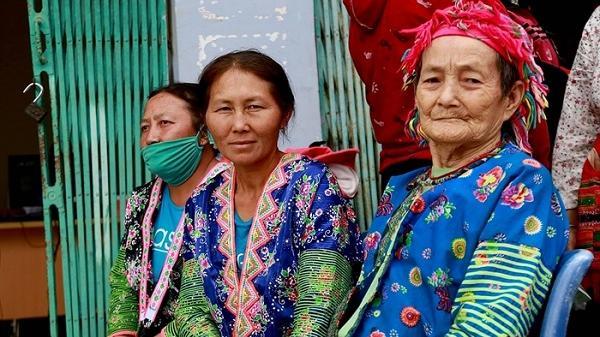 Bệnh viện Mắt Hà Đông khám, mổ mắt miễn phí tại Điện Biên