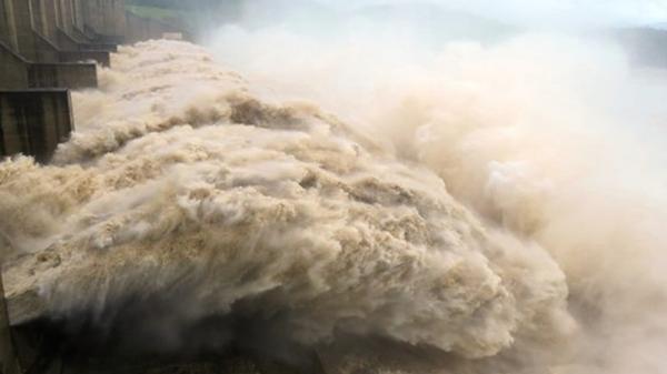 Cảnh báo Hòa Bình và các địa phương đảm bảo an toàn khi xả lũ trên hệ thống sông Hồng