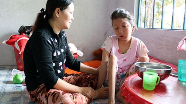 Hậu Giang: Hỗ trợ, nâng đỡ giúp các trẻ em đa tật vượt qua khó khăn