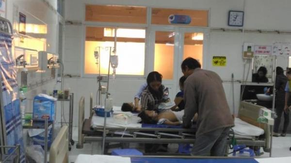 Hậu Giang: Diễn biến sức khỏe của 3 em bé bị cha pha thuốc sâu vào sữa cho uống