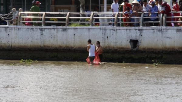 Hậu Giang: Phát hiện xác chết trôi trên sông Xà No
