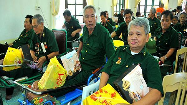 Mở rộng chi trả trợ cấp ưu đãi người có công qua bưu điện Hậu Giang và 6 tỉnh khác