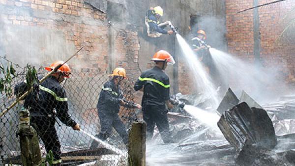 Hậu Giang: Cháy nhà dân ở khu dân cư
