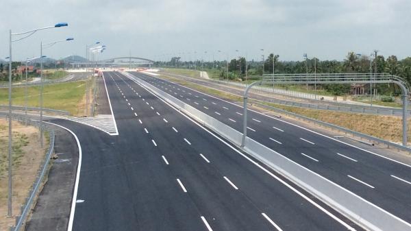 Đầu tư xây dựng cao tốc Hòa Bình - Mộc Châu