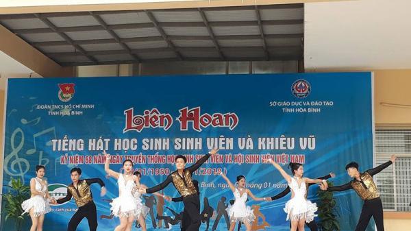 Liên hoan tiếng hát học sinh sinh viên và khiêu vũ năm 2018