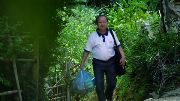 Hành trình tìm lại những kí ức bé thơ ở quê hương Hòa Bình của người đàn ông đã ngoài lục tuần