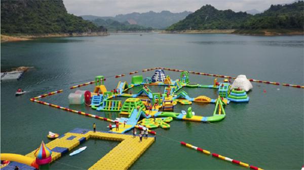 Những công viên nước bằng phao nổi ở Việt Nam