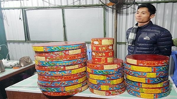 Không có việc làm, nam thanh niên Hòa Bình sang Trung Quốc mua 50kg pháo bán tết