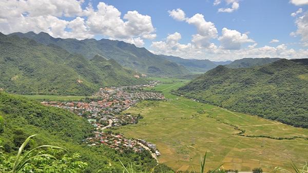 Huyện Mai Châu đón trên 164 nghìn lượt khách du lịch