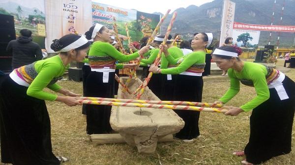 Mai Châu độc đáo Lễ hội Xên Mường năm 2018