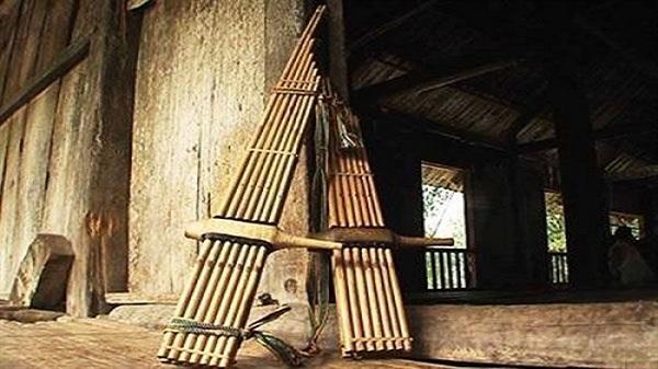 Độc đáo tiếng khèn bè của đồng bào người Thái ở Hòa Bình