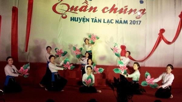 Hội diễn nghệ thuật quần chúng huyện Tân Lạc năm 2017