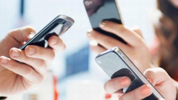 Từ hôm nay (1/5), giá cước điện thoại bắt đầu giảm mạnh