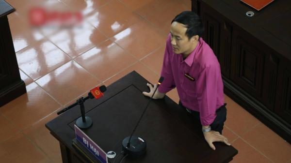Nóng vụ xét xử BS Hoàng Công Lương: Thư ký nhận đã viết thêm vào biên bản