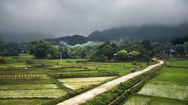 Ngắm toàn cảnh Mai Châu từ trên cao: Ngất ngây trước nét thơ mộng, trong veo của thung lũng đẹp xinh