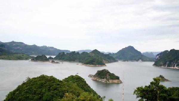 Khu du lịch Hồ Hòa Bình - nơi hội tụ vẻ đẹp non nước