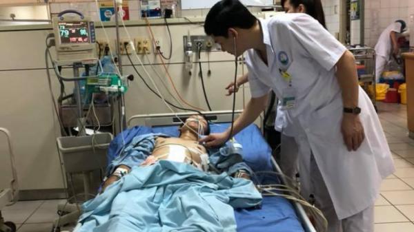 Hòa Bình: Sửa máy xúc, nam thanh niên bị tai nạn vỡ gan, vỡ ruột non, gẫy nhiều xương