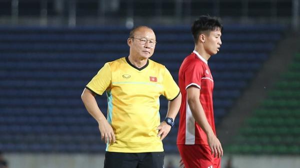 Đoàn quân của HLV Park Hang Seo gặp tổn thất trước trận mở màn với ĐT Lào