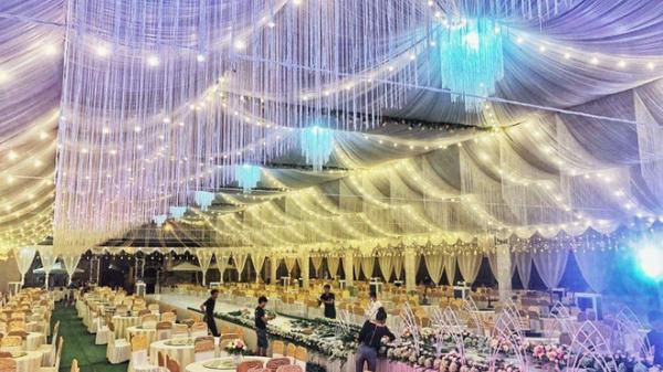 """Choáng ngợp với rạp cưới """"khủng"""" ở miền Bắc, trang hoàng lộng lẫy trị giá hơn 800 triệu, dùng 100% hoa tươi"""