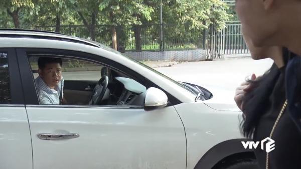 'Quỳnh búp bê': Vì sao 'soái ca' Thịnh suốt ngày lang thang ngoài đường với chiếc xế hộp trắng, cứ Quỳnh cần là xuất hiện?