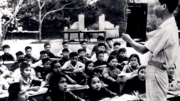 Ảnh cực quý về nhà giáo Việt Nam thời kháng chiến chống Mỹ